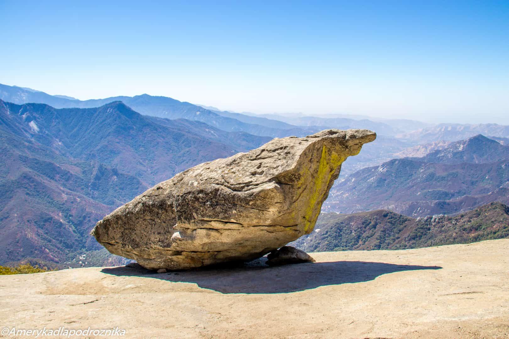 Park Narodowy Sekwoi hanging rock