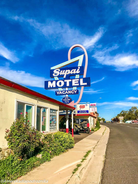 droga 66, Seligman, Supai Motel