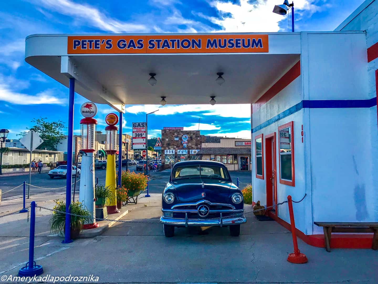 droga 66, Williams, Pete's Gas Station Museum