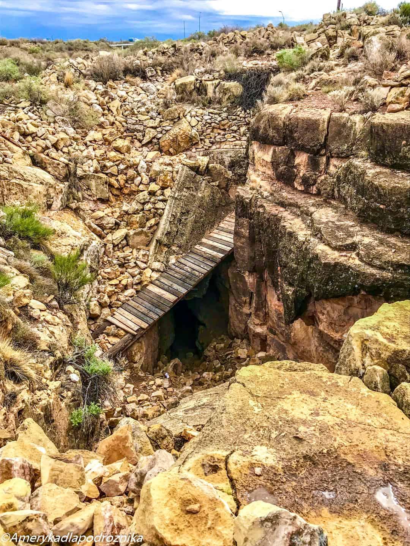 droga 66, Two Guns, Apache Death Cave