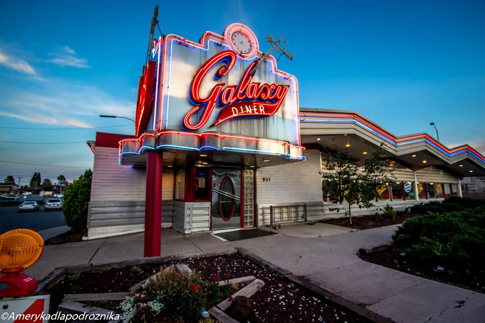droga 66, Galaxy Diner