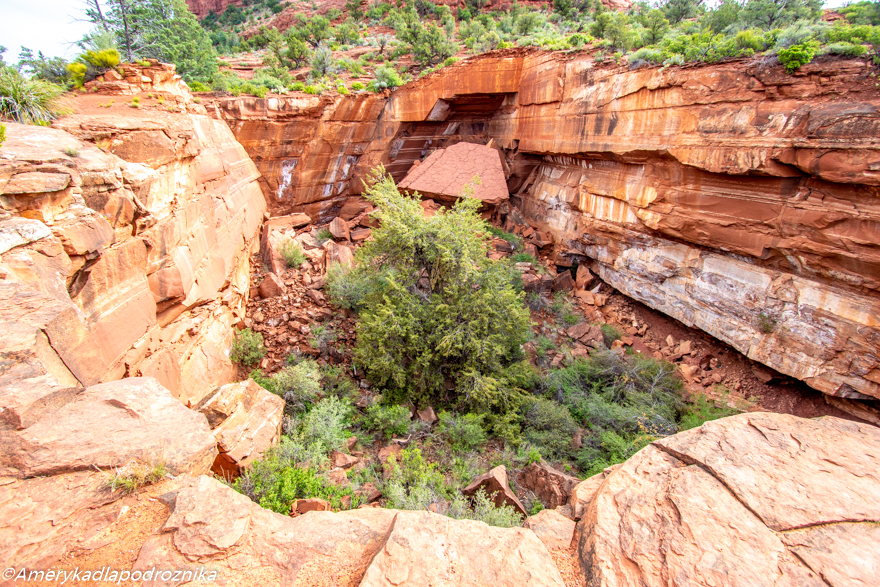 devil's kitchen sedona