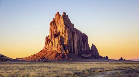 Shiprock – Skrzydlata Skała w Nowym Meksyku
