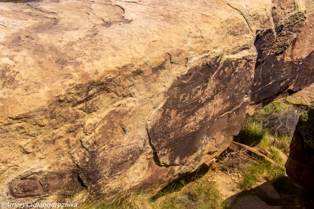 Petroglify w Puerco Puerco